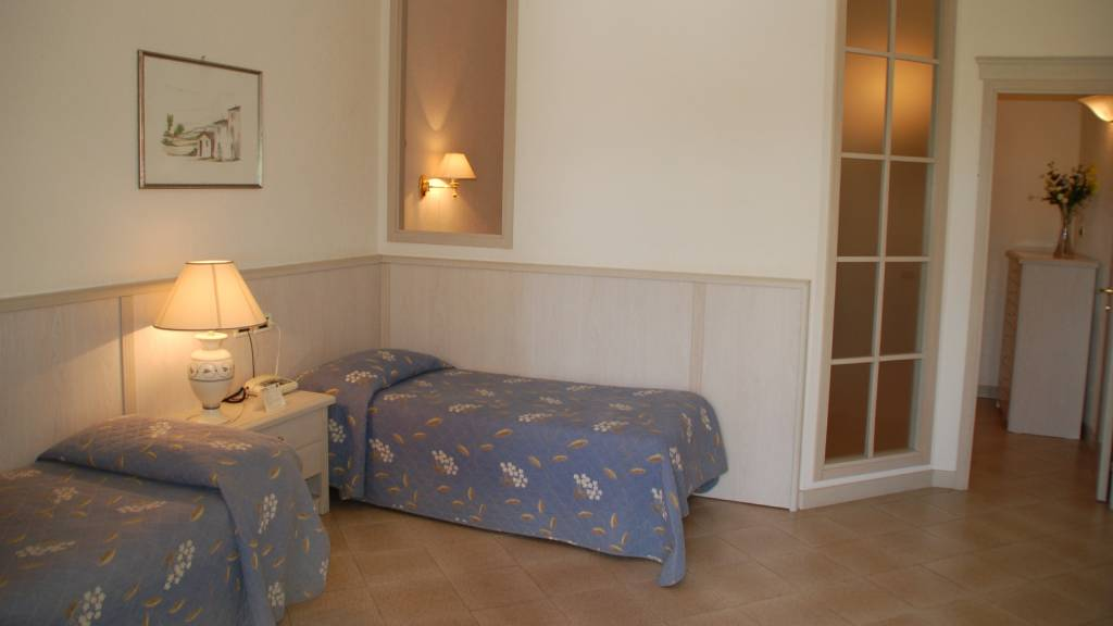 Balletti-Park-Hotel-San-Martino-al-Cimino-foto-nuove-villini-orchidea