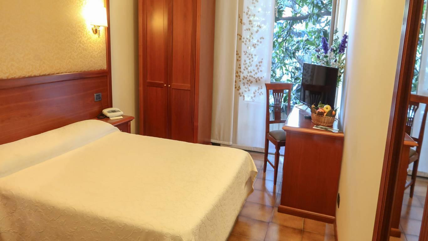 Balletti-Park-Hotel-San-Martino-al-Cimino-Viterbo-camere-2020-standard