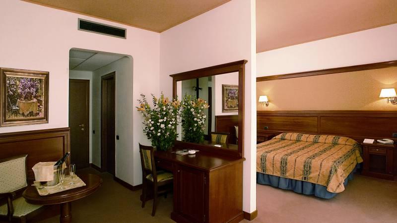 room-Balletti-Park-Hotel-San-Martino-al-Cimino-Viterbo-