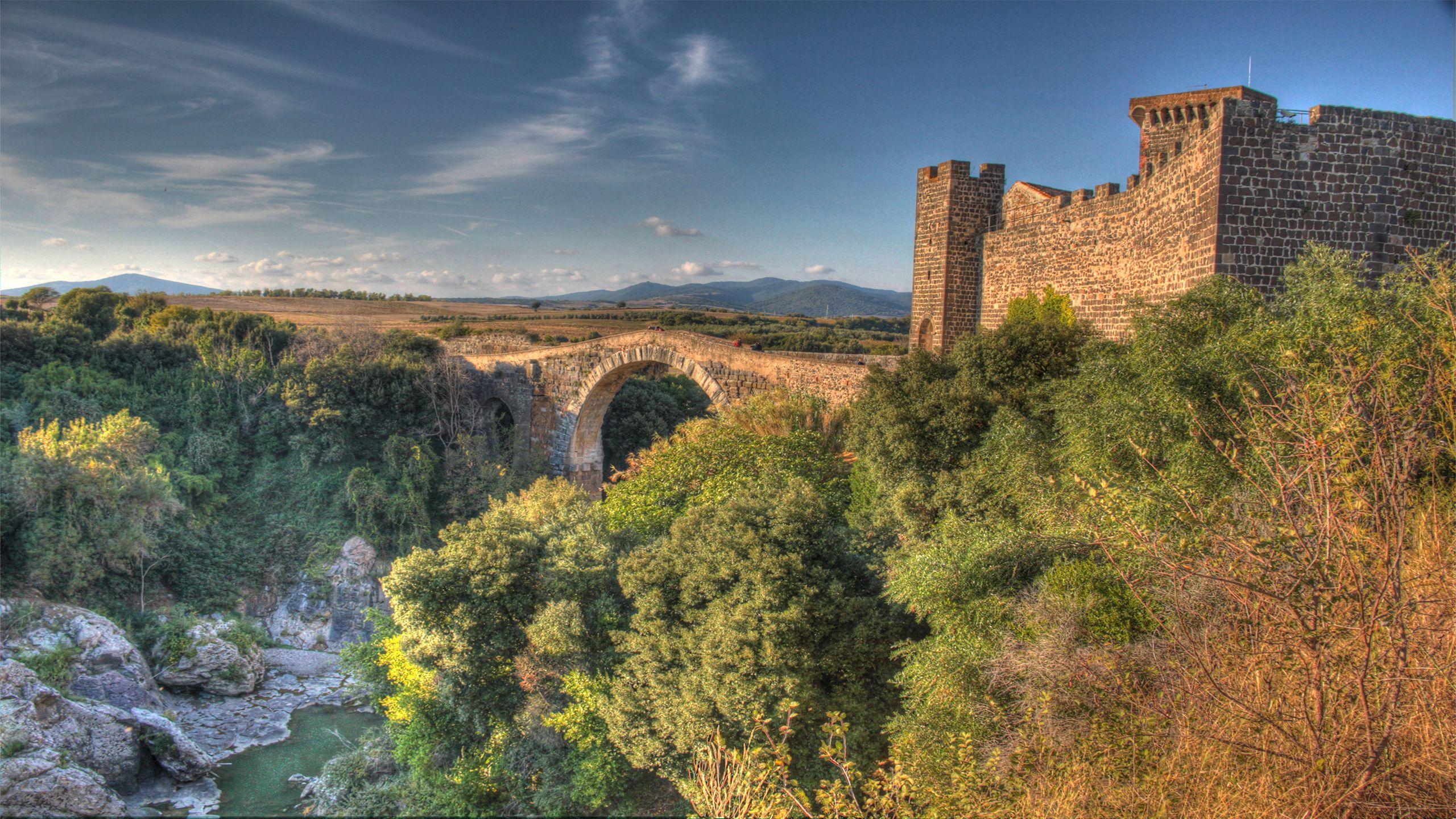 Castello-di-Vulci